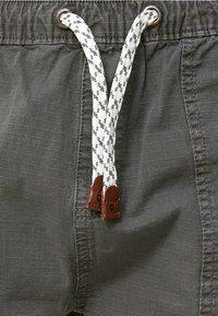 INDICODE JEANS - Shorts - dark grey - 3