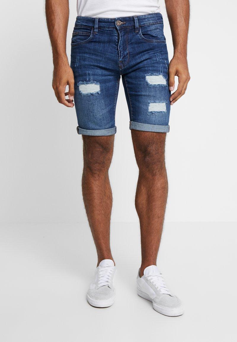 INDICODE JEANS - KADEN HOLES - Shorts di jeans - medium indigo