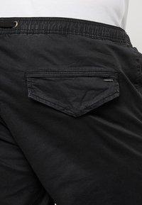 INDICODE JEANS - DEPTFORD PLUS - Shorts - black - 5