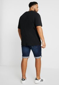 INDICODE JEANS - KADEN PLUS - Denim shorts - blue - 2