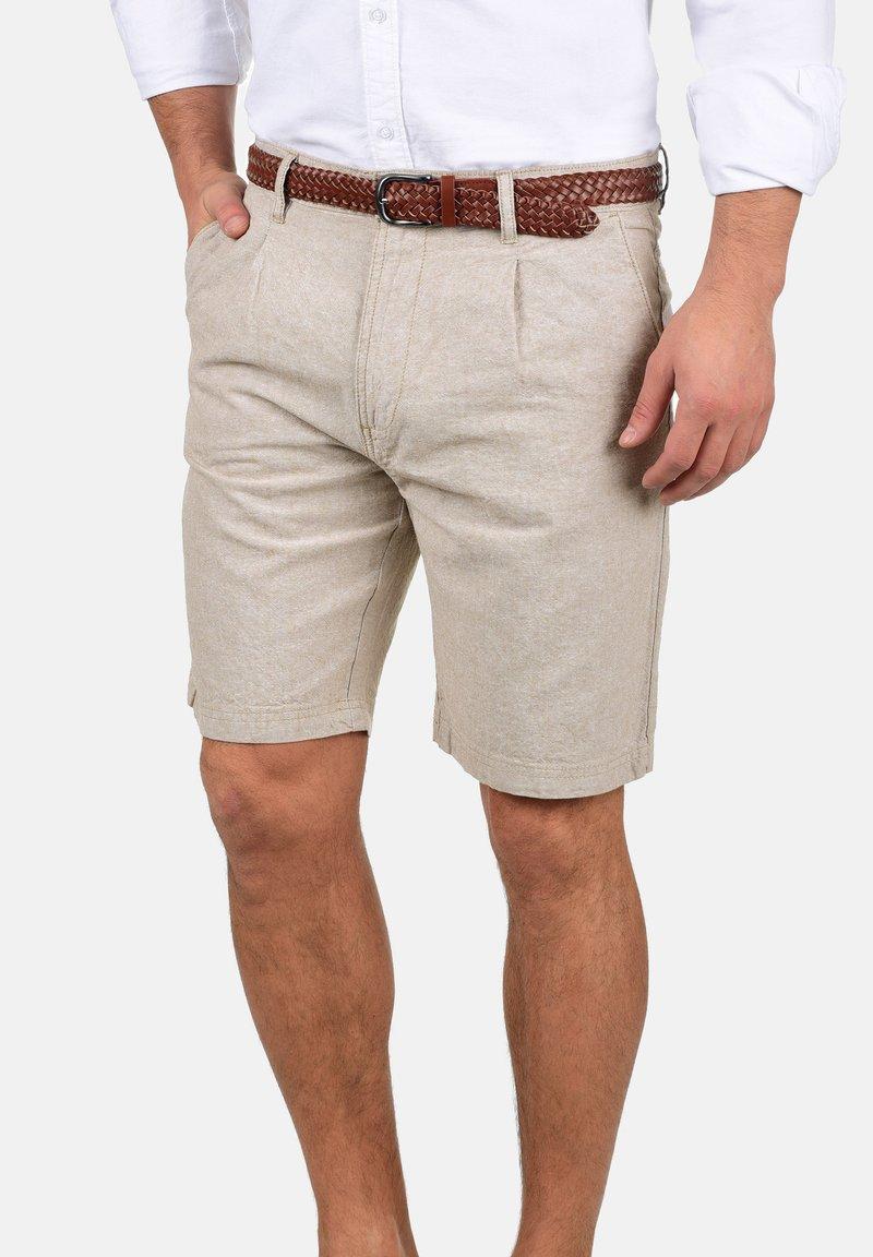 INDICODE JEANS - LEDIAN - Shorts - beige