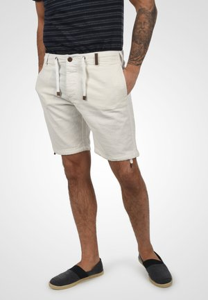 MOSES - Shorts - off-white
