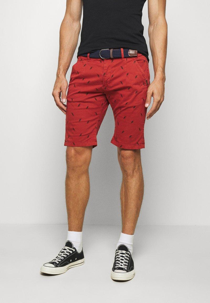 INDICODE JEANS - ASHFIELD - Shorts - red ochre