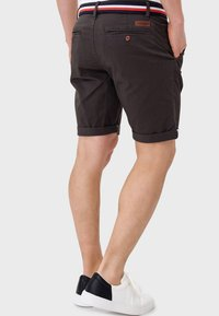 INDICODE JEANS - Shorts - anthracite - 2