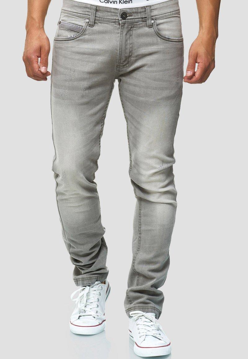 INDICODE JEANS - Straight leg jeans - light grey