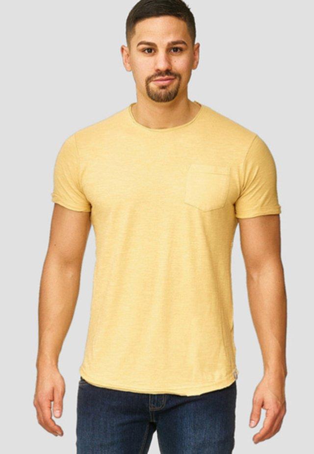 WILBUR - T-Shirt print - yellow