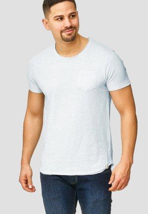 WILBUR - Print T-shirt - light blue