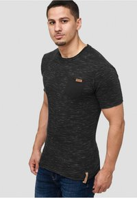 INDICODE JEANS - Print T-shirt - black - 3