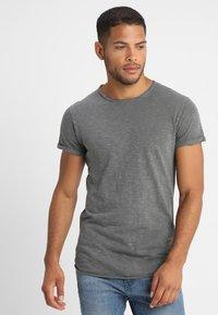 INDICODE JEANS - ALAIN - Basic T-shirt - pewter - 0