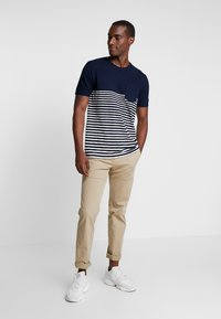 INDICODE JEANS - DURMFORD  - Camiseta estampada - navy - 1