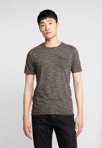 INDICODE JEANS - HULSA - T-shirt print - charcoal mix - 0