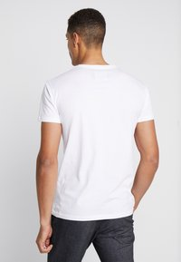 INDICODE JEANS - AARS 2 PACK - T-shirt basic - weiß - 2