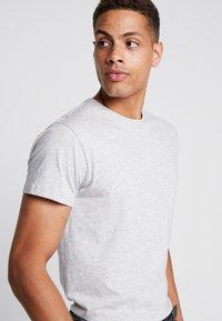 INDICODE JEANS - AARS 2 PACK - T-shirt basic - light grey - 3