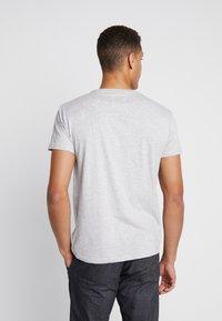 INDICODE JEANS - AARS 2 PACK - T-shirt basic - light grey - 2