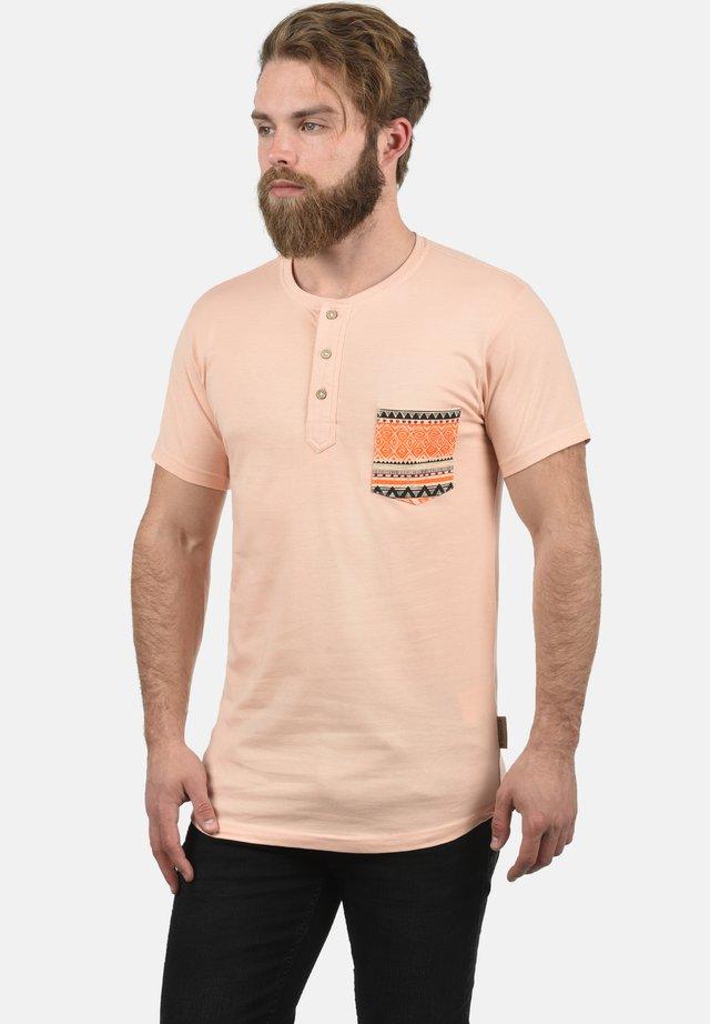 ART - Print T-shirt - light pink