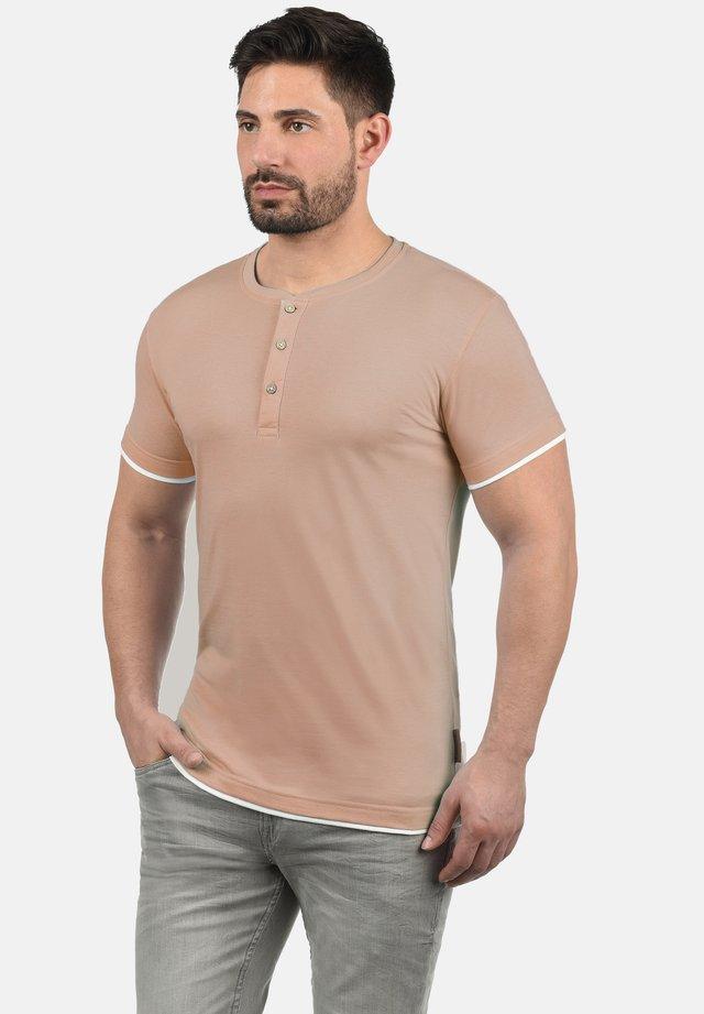 TONY - Basic T-shirt - light pink