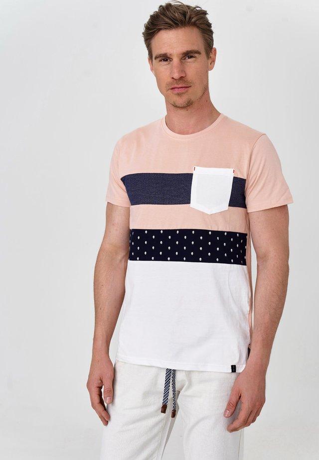 SILKEBORG - Print T-shirt - cameo rose