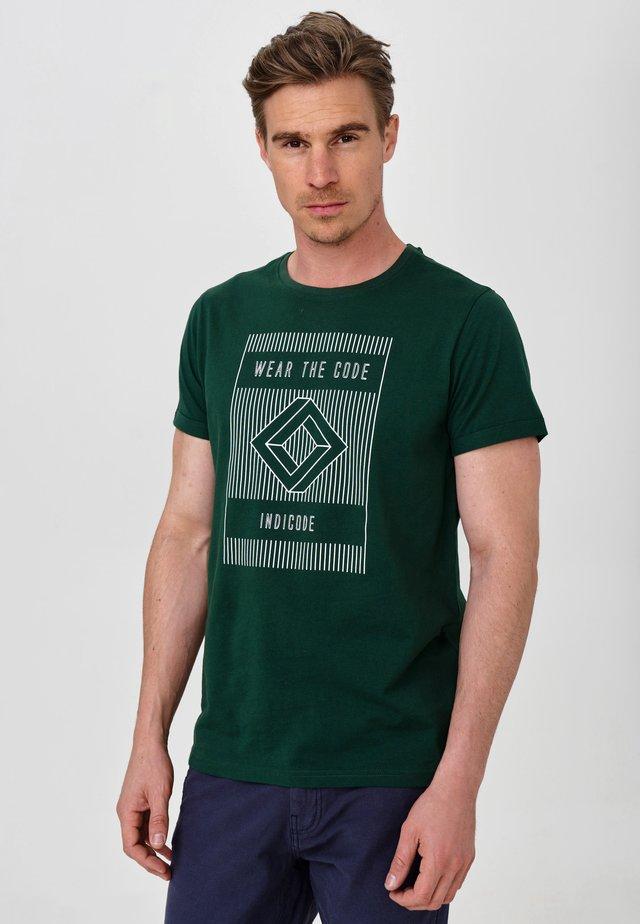 EASON - T-Shirt print - pineneedle