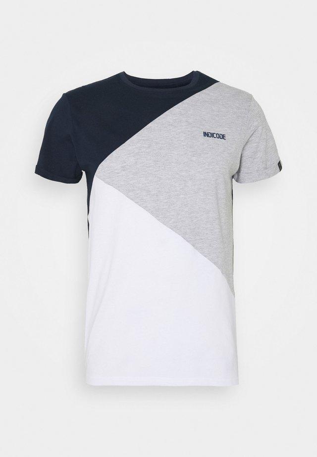ECHARD - Print T-shirt - optical white