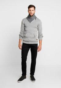 INDICODE JEANS - DANE - Jersey de punto - light grey - 1