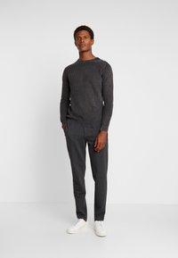 INDICODE JEANS - ECKFORD - Stickad tröja - black - 1