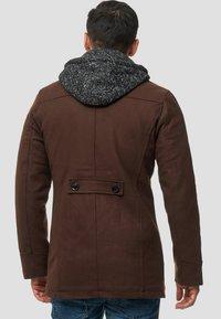 INDICODE JEANS - Abrigo corto - brown - 2