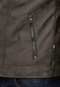 INDICODE JEANS - MIGUEL  - Imiteret læderjakke - dark grey - 5