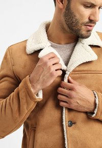 INDICODE JEANS - CROCKFORD - Light jacket - camel - 4