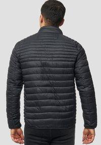 INDICODE JEANS - REGULAR FIT - Light jacket - black - 2