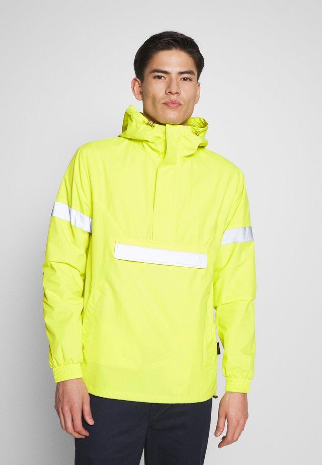 COLLEGE - Windbreaker - neon yellow