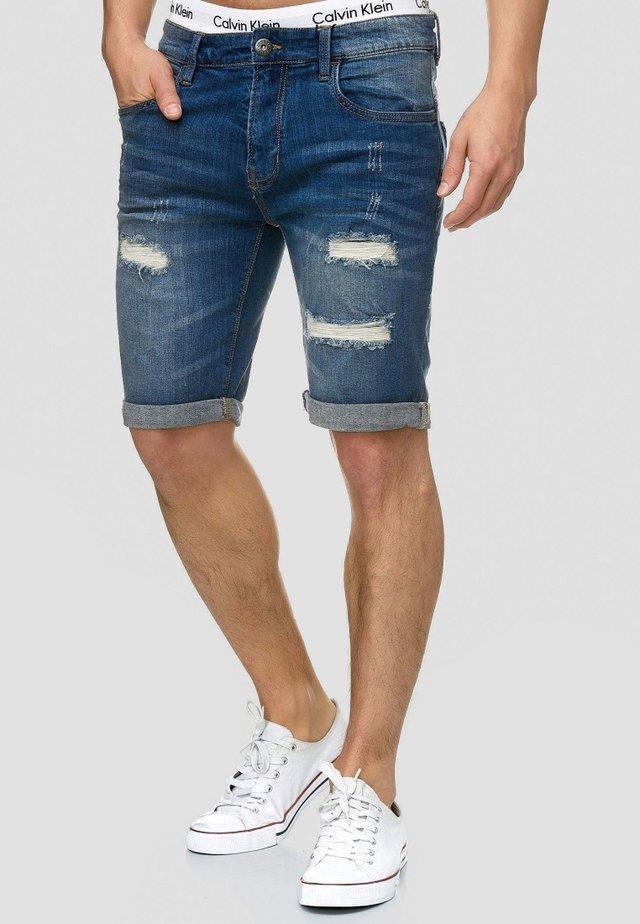 CUBA CADEN - Jeans Shorts - blau