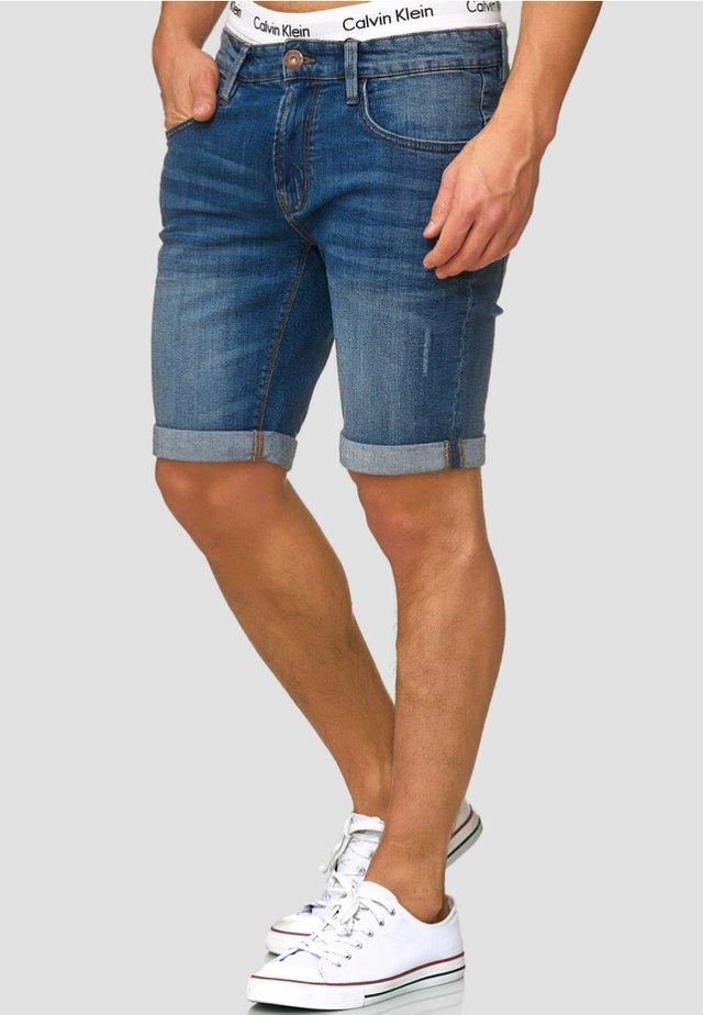 CUBA CADEN - Denim shorts - medium indigo