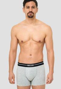 INDICODE JEANS - 7 PACK - Onderbroeken - white/grey/black - 2