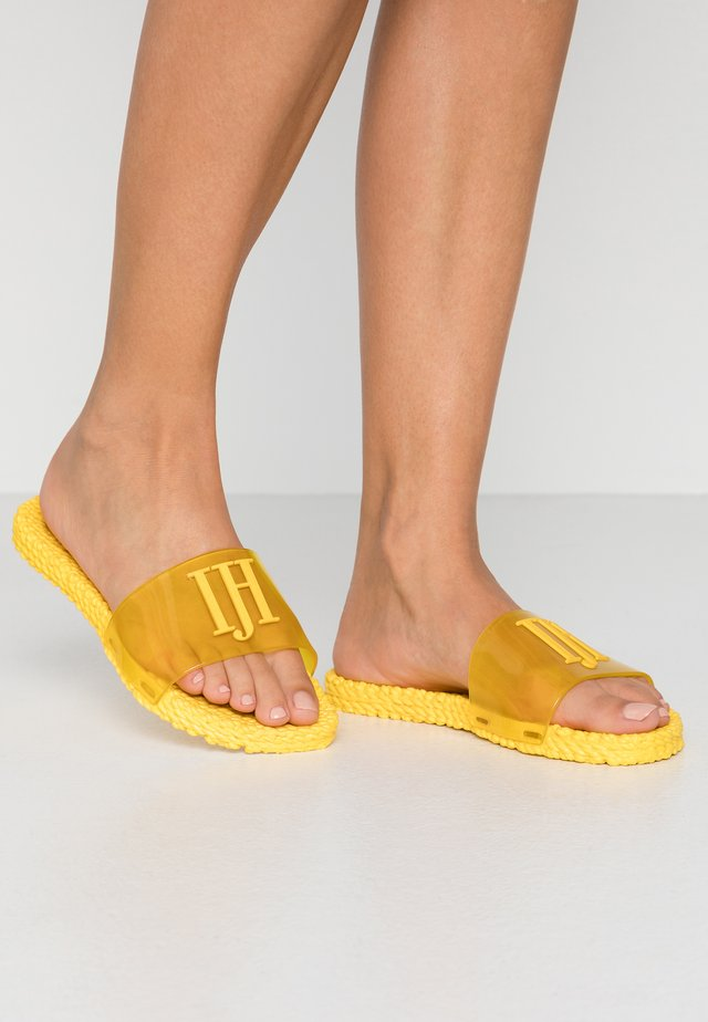 CHEERFUL - Badslippers - yellow
