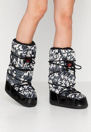 MOON 9075 - Zimní obuv - kit