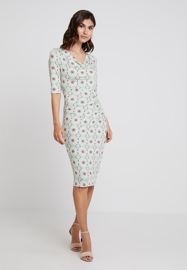 DRESS - Etuikleid - pastel green