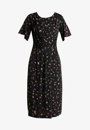 CREZIA - Žerzejové šaty - black