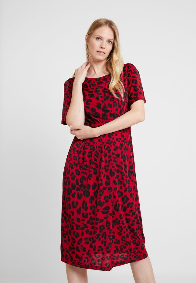 DRESS - Trikoomekko - deep red