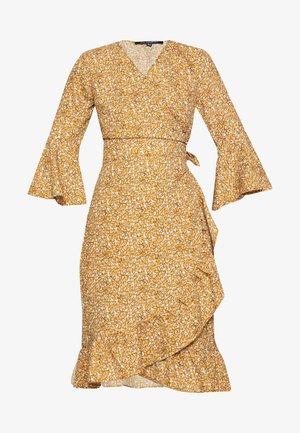 EVIAS - Denní šaty - burnt ochre