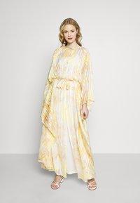 Ilse Jacobsen - CUBA - Maxi šaty - sunbeam - 0
