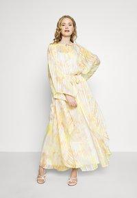 Ilse Jacobsen - CUBA - Maxi šaty - sunbeam - 1
