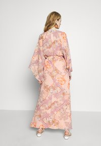 Ilse Jacobsen - LUMY - Maxi šaty - coral blush - 2