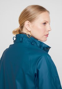 Ilse Jacobsen - TRUE RAINCOAT - Parka - arctic - 4