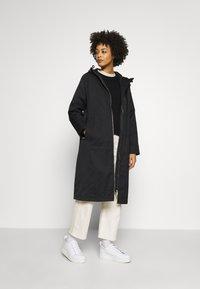 Ilse Jacobsen - SPRAY - Trenchcoat - black - 1