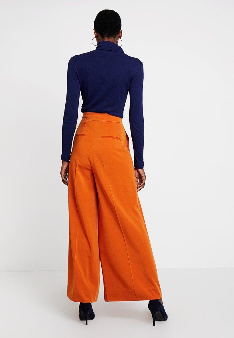 InWear ABRA WIDE PANT - Pantalon classique gold flame