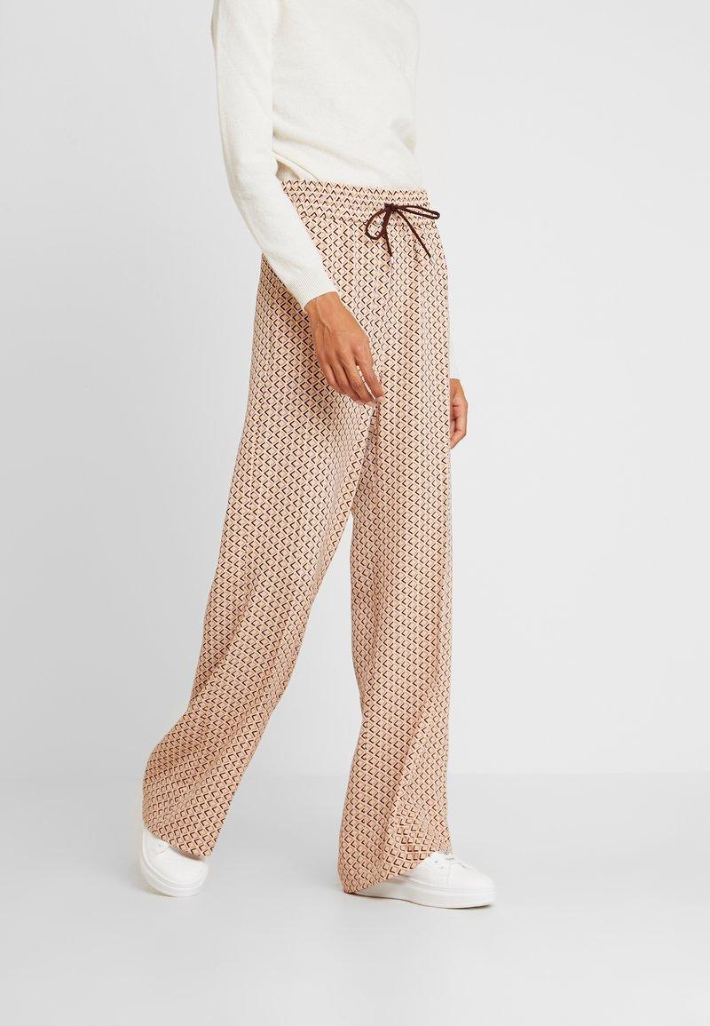 InWear - CAMILLEIW PANT - Bukser - beige