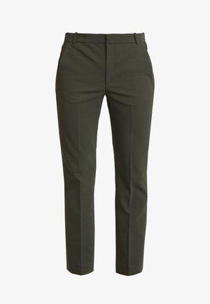 ZELLA KICKFLARE PANT - Pantalones - olive leaf