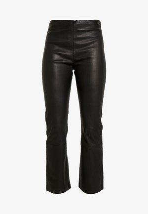 CEDAR PANT - Kalhoty - black