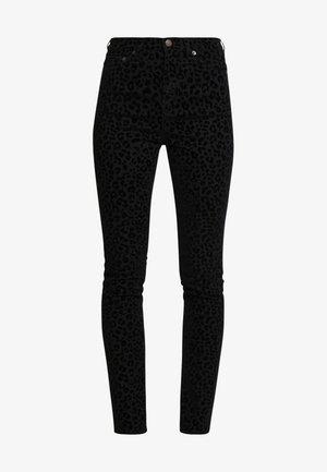 HOLLI FLOCK - Skinny džíny - black