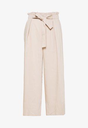 QUIIW CULOTTE PANT - Kalhoty - powder beige